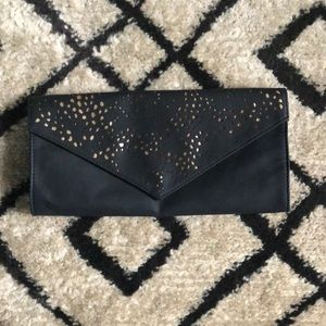 Handbags - 🌵 NWOT American Eagle Outfitters Clutch